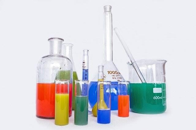Spedizioni di prodotti chimici
